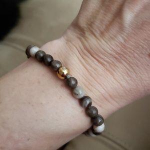 Jewelry - Brown Beaded Stretchy Bracelet NWOT